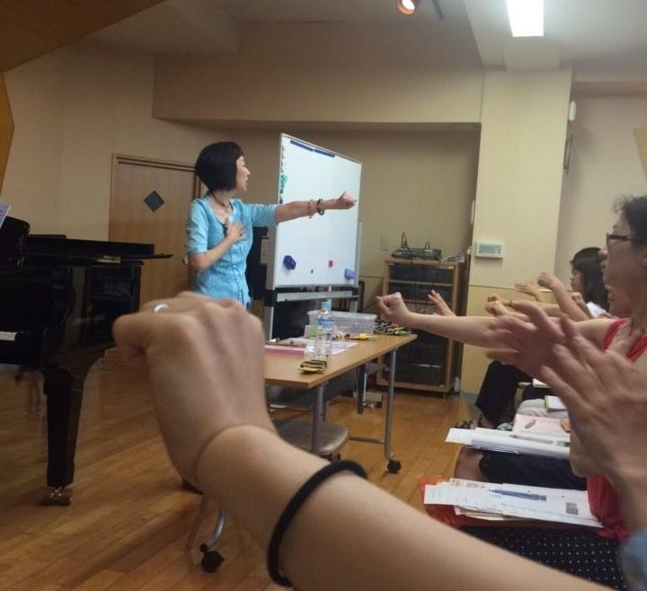 童謡ハッピートレーニング